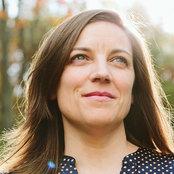 Alison Hodgson's photo