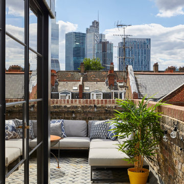 Whitechapel Penthouse
