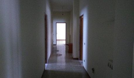 Prima e Dopo: Elimina il Corridoio Buio Per Ingrandire il Living
