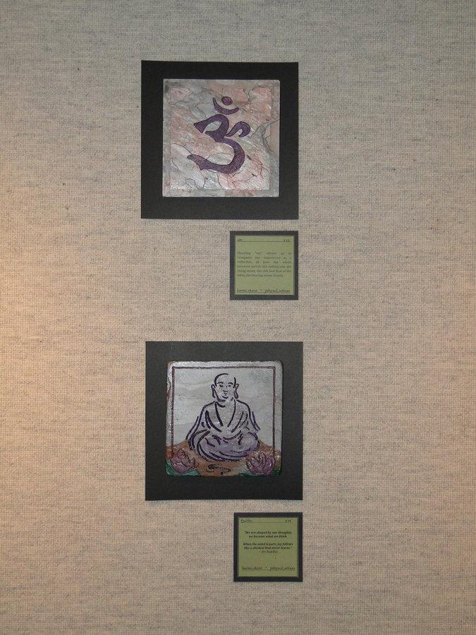 Smiling buddha, sanskrit om symbol : Mind, Body Spirit Collections