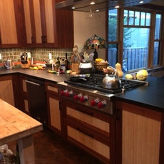 Craftsman House And Kitchen