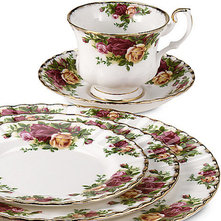 Traditional Dinnerware Sets by Bed Bath & Beyond