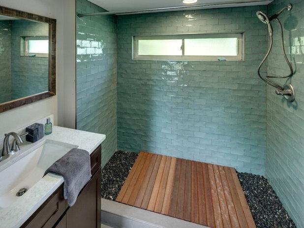 """Amplified"" Tiny House bathroom"