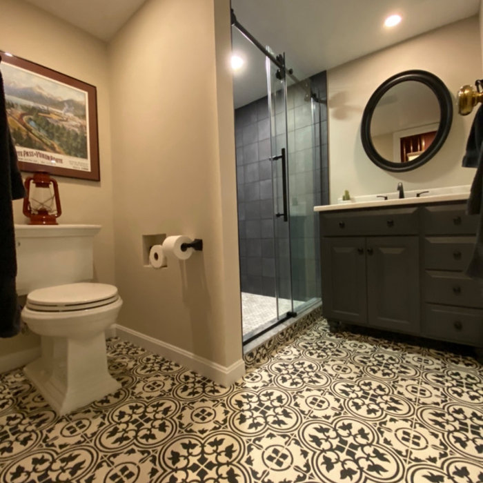 Black & White Vintage vibe bathroom with cement floor tile