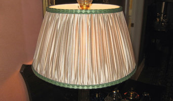 Shirred ivory silk tafetta shade trimmed in green