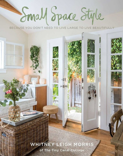How to Handle the Holidays in a Small Space