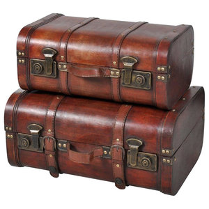 Traditional 2-Piece Storage Chests With 2 Latches on The Front and Top Handle