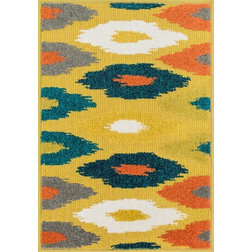 Traditional Doormats by Loloi Inc.