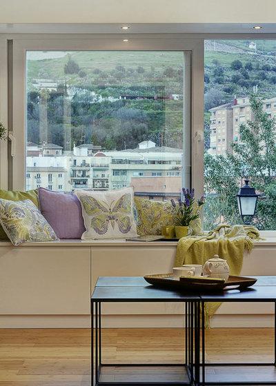 Moderne  by Decora y vende. Revaloriza tu espacio.
