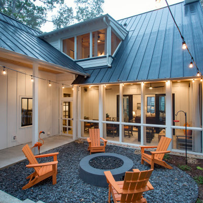This is an example of a farmhouse landscaping in Atlanta.
