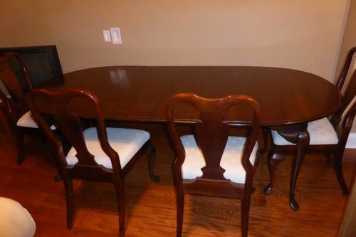 Mixing Chairs With A Queen Anne Dining, Queen Anne Style Dining Room Setup