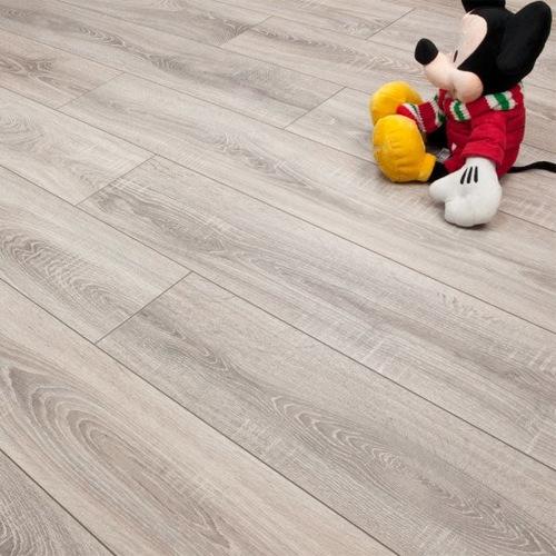 Modern Laminate Flooring laminated flooring splendid gray laminate flooring living oom Sydney Grey Oak Laminate Flooring 7mm Laminate Flooring