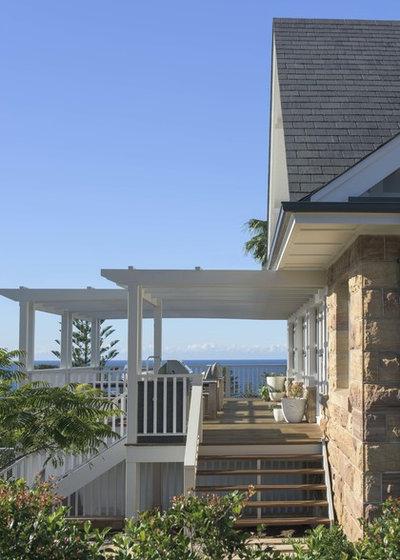 Beach Style Exterior by Bentley Design