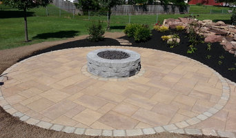 Outdoor fireplaces and grills