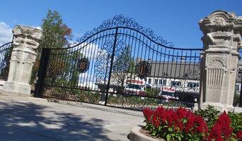 Wisconsin Club gate