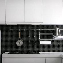 Contemporary Kitchen by ADARC Associates Limites