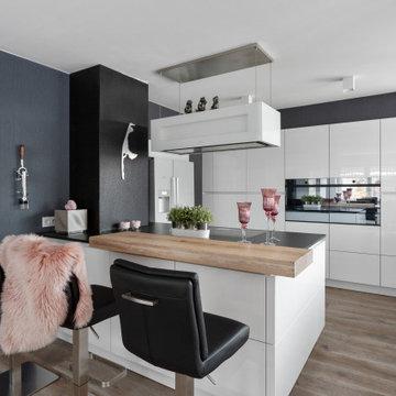 Grifflose Wohnküche I Hambühren