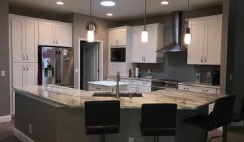 Bright Elegant Open Concept Kitchen