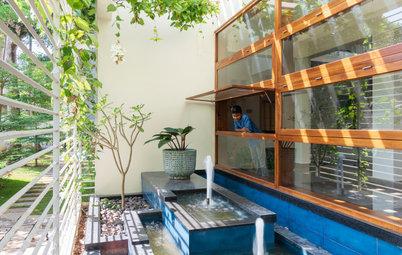 Thrissur Houzz: A Home Designed Around Skylights & Courtyards