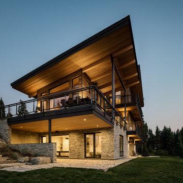 Modern Rustic Idaho Retreat