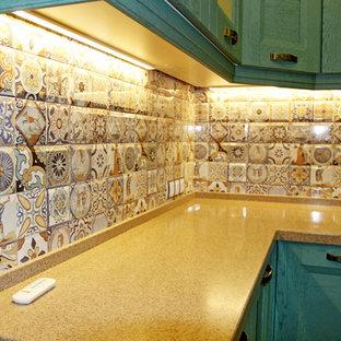 Бирюзовая кухня в средиземноморском стиле