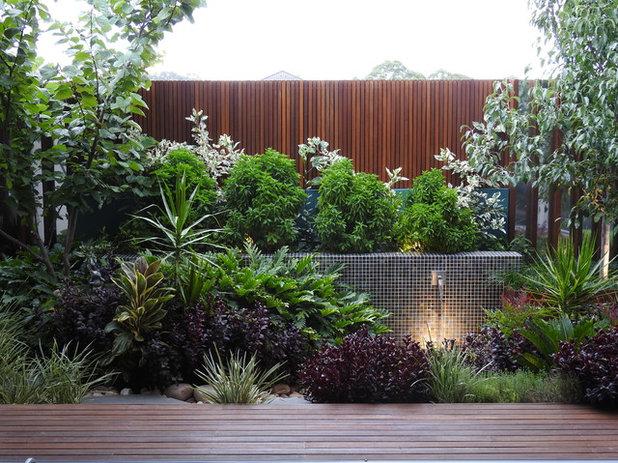 Modern  by Cultivart Landscape Design