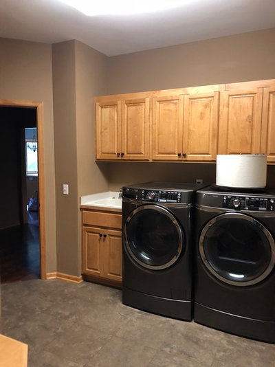 A Warm and Bright Laundry Room to Welcome Them Home