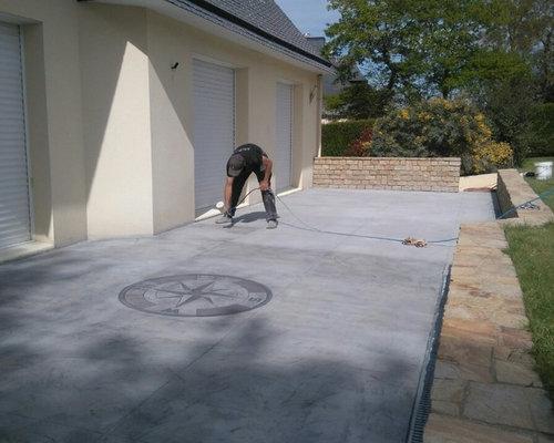Terrasse en b ton imprim effet roche rose des vents for Terrasse en beton