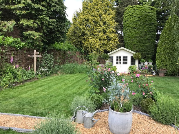 my garden how we created our cottage style garden from. Black Bedroom Furniture Sets. Home Design Ideas