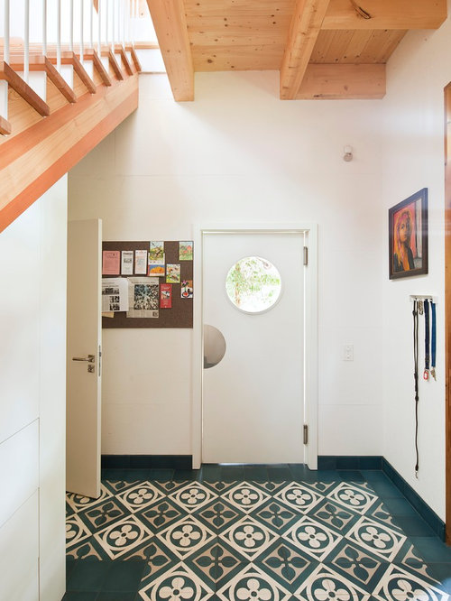 Scandinavian treppe foyer design ideas, renovations & photos