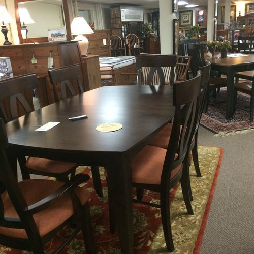 Dining Room Tables Nyc: Does Kitchen Cabinets Have To Match Dining Set