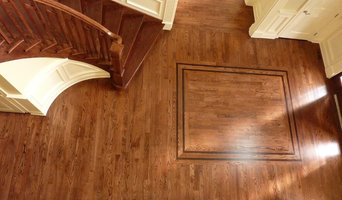 Red Oak - finished with Jacobean and Ebony featuring Maple Boarders