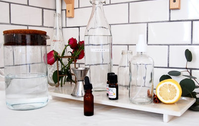 DIY: These Easy-to-Make Sprays Freshen Rooms Naturally