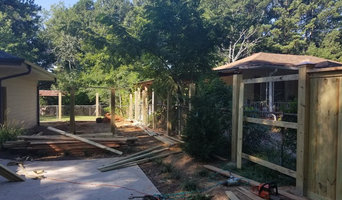 Wood Capped Privacy Fence
