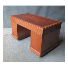 A Victorian Walnut Pedestal Desk