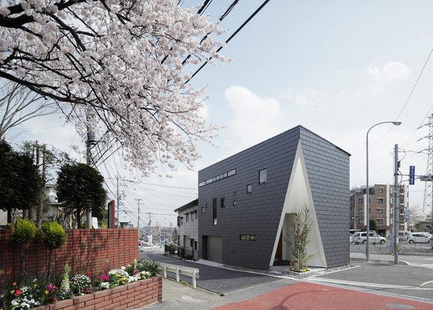 モダン  by カトウアーキテクトオフィス 一級建築士事務所