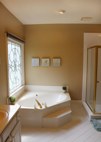 Before: Master Bath Retreat