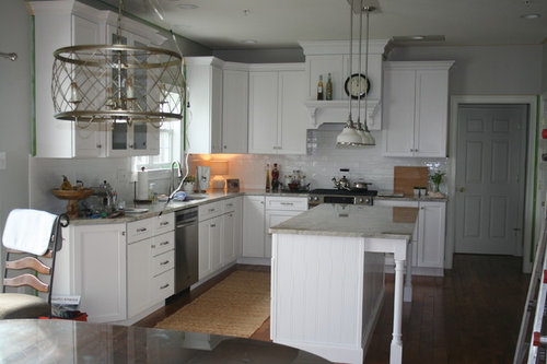Should Kitchen Table Light Be Hung At Same Height As Island Lights?