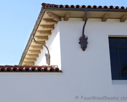 Exterior corbels and brackets