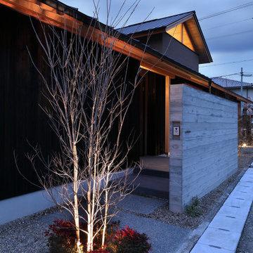 四季の舎 -薪ストーブと自然の庭-