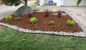 Front bed with stone border