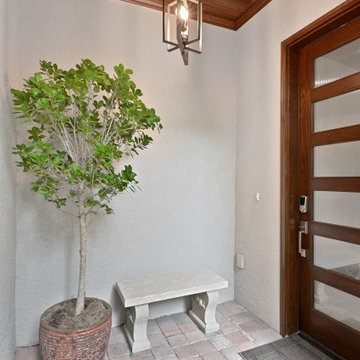 Transitional Bayshore Home Front Entrance