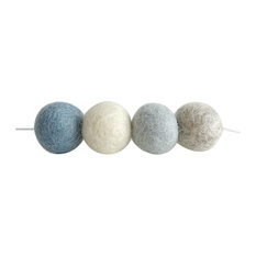 Nicolasito.es - Felt Ball Garland, Blue and Grey - Wreaths and Garlands