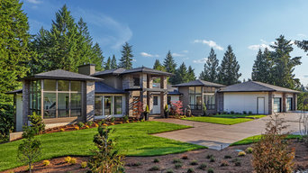 New Custom 6,900sf Spec Home in West Linn, Oregon