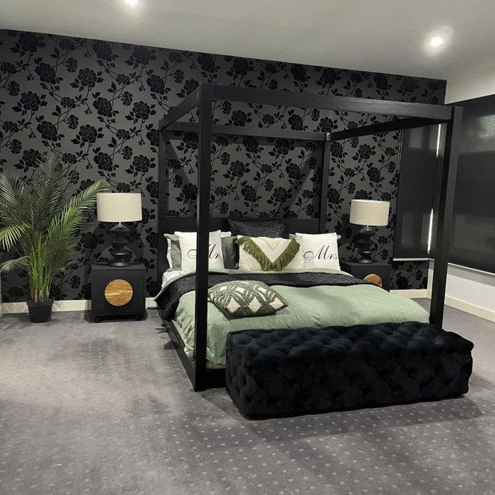 Grand Master Bedroom / Altona