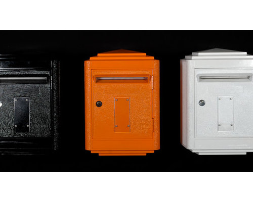 la bo te aux lettres des postes fran aises. Black Bedroom Furniture Sets. Home Design Ideas