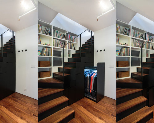 Small Trendy Wooden L Shaped Staircase Photo In New York