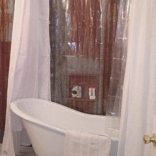 Bathroom - mid-sized country master mosaic tile mosaic tile floor bathroom idea in Portland with red walls