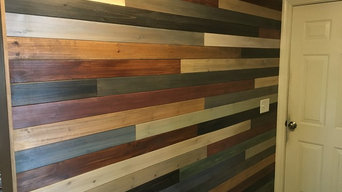 reclaimed shiplap accent wall