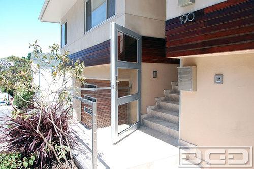 Modern Style Home In San Francisco Gets A Garage Door Gate Makeover